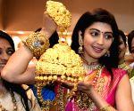 Pranitha Subhash inaugurates 21st Jewels of India exhibition