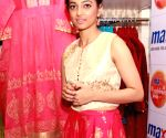 Radhika Apte unveiled Max's Festive Collection 2016