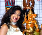 Rituparna Sengupta, Pallavi Chatterjee at an exhibition