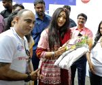 Prasenjit Chatterjee, Srijit Mukherji unveil 'Wall of Kindness