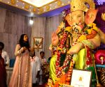 Rituparna Sengupta offer prayer to Andheri Cha Raja