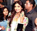 Shilpa Shetty inaugurates a jewellery store