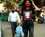 Shilpa Shetty seen at Khar