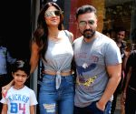 Shilpa Shetty seen with family at Bandra