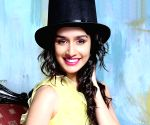 Doing action scenes for very first time: Shraddha Kapoor ()
