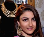Actors Arshad Warsi and Soha Ali Khan visit 11th Jaipur Jewellery Show