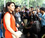 Soha Ali Khan unveils Asian Paints eco-friendly Green Painting Service