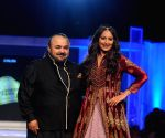 Blenders Pride Fashion Tour 2015 - Designer JJ Valaya show