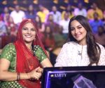 Sonakshi Sinha fails to answer a question on Ramayana at KBC, gets brutally trolled