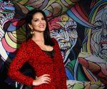 Ravishing Sunny Leone at