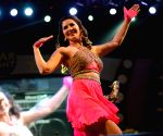 Sunny Leone kicks on the