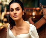 Taapsee Pannu gives befitting reply to troll who calls her 'faltu heroine'