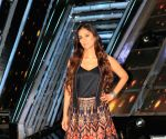 "Tabu, Divyanka Tripathi, Karan Wahi at ""The Voice"" sets"