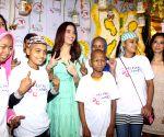Tamannaah Bhatia meet Cancer affected children