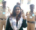 2019 Lok Sabha elections - Vidya Balan casts vote