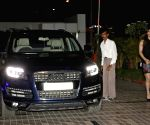 Zarine Khan snapped arriving in her new Audi Q7 car