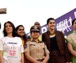 5k Run in Hyderabad - Amala Akkineni & Taapsee Pannu