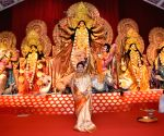 Kajol, Tanishaa, Tanuja at Juhu Durga Puja Pandal