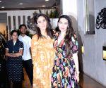 Kareena Kapoor Khan, Karisma Kapoor seen outside Anil Kapoor's house