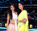 "Shilpa Shetty Kundra, Katrina Kaif on the sets of ""Super Dancer chapter 3"""