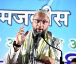 Asaduddin Owaisi addresses public meeting in Maharashtra