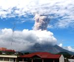 THE PHILIPPINES ALBAY MAYON VOLCANO ERUPTION