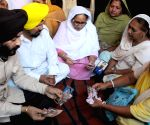 MS Bitta, Dalbir Kaur meet family members of Kirpal Singh