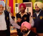 Captain Amarinder Singh 'fauji' at heart!