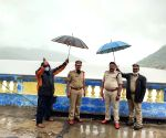 Amid cyclones, Andhra Police lends hand to disaster management