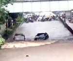 Free Photo: Clip on Bolero driving past Jaguar in Mumbai rains goes viral