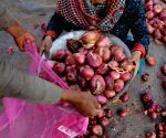 No black marketing of onions and tomato reported: Centre