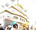 Amritsar : Varun Dhawan at Golden Temple