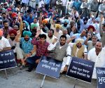 Congress demonstration against Basic Rapid Transit System