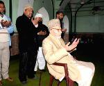 Pakistan leader visits Jama Masjid Khairuddin