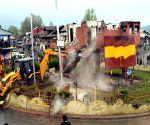Army bunkers demolished in Handwara