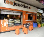COVID-19 scare leaves eateries deserted