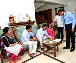 Samagra Kutumba Survey - KCR, ESL Narasimhan