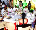 Narasimhan hosts Republic Day lunch for legislators