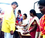 2019 Lok Sabha elections - Andhra CM, family members cast votes