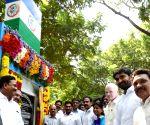 Jagan Mohan Reddy launches YSR Vahana Mitra scheme
