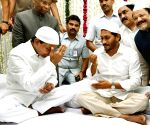 Andhra, Telangana CM at ESL Narasimhan's Iftaar party