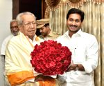 Andhra CM meets new state Governor