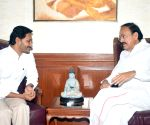Andhra CM meets Venkaiah Naidu