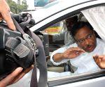 Kasu Venkata Krishna Reddy before meeting N. Kiran Kumar Reddy to submit resignations in Hyderabad