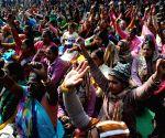 Anganwadi workers demonstrate at Jantar Matar