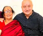 Anupam Kher: Most difficult thing in the world is to say bye to mom
