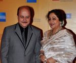 Anupam to be with Kirron Kher when she files nomination