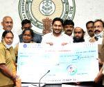 Andhra provides Rs 10K aid to autorickshaw, cab drivers