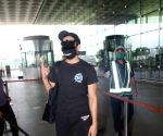 :  Aparshakti Khurana Spotted At Airport Departure in Mumbai