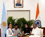 Argentina Vice President meets Venkaiah Naidu